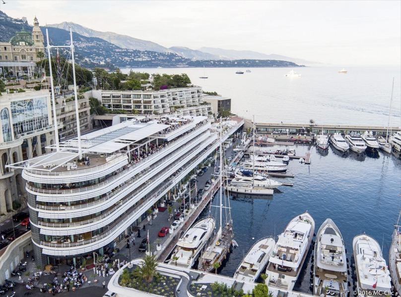 Vue aérienne du Yacht Club de Monaco 2020